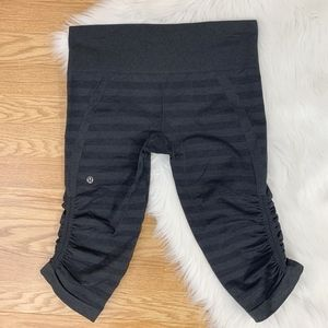 Lululemon Gray Striped Cropped Leggings {C}